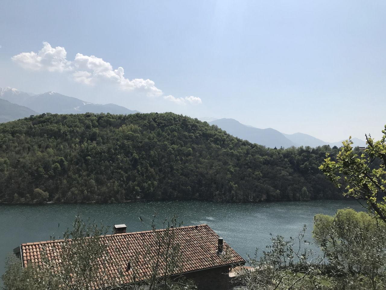 in-moto-lago-moro