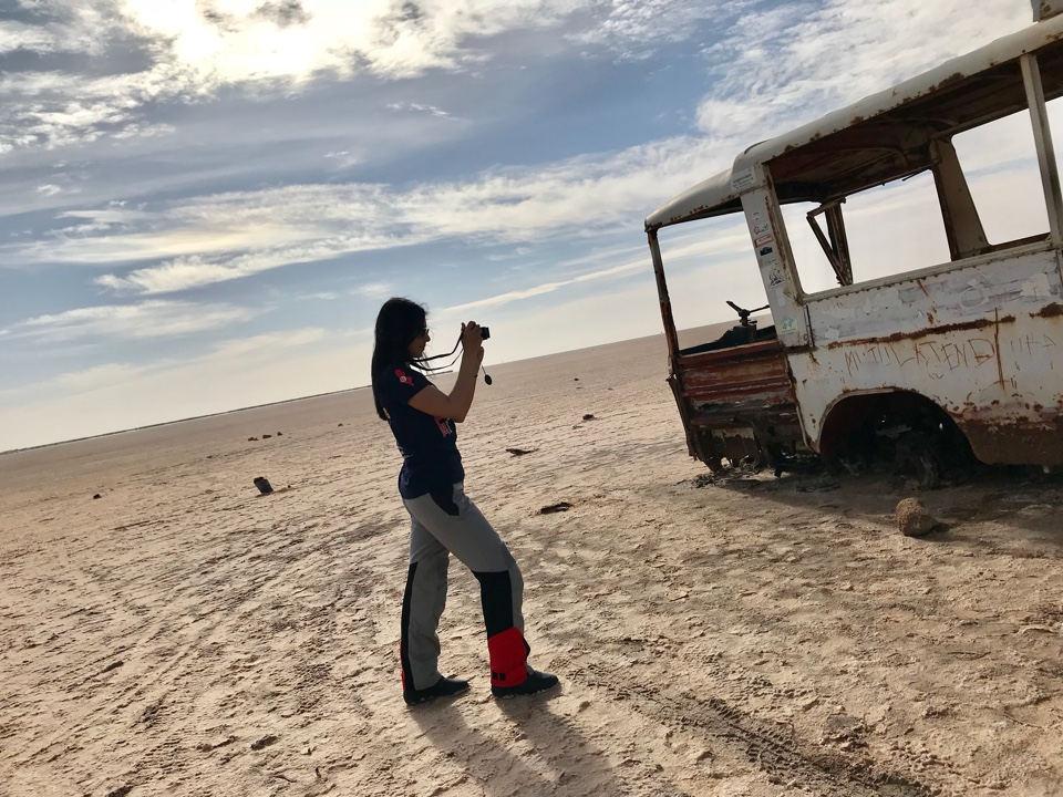 ZAVORRINA VALENTINA E IL GRANDE LAGO SALATO IN TUNISIA