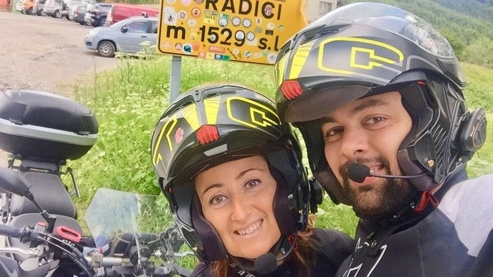 ZAVORRINA MARTINA IN MOTO SULL' APPENNINO TOSCO EMILIANO
